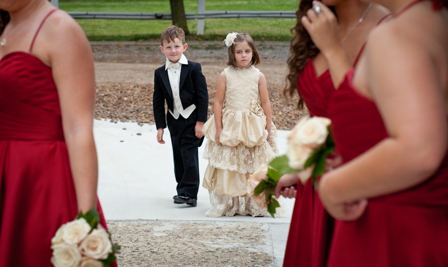 Cute wedding kids photos