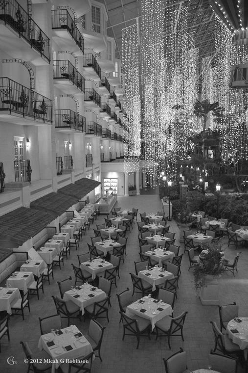 Opry Land Hotel wedding