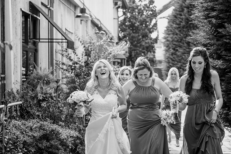 Nashville fun wedding photography