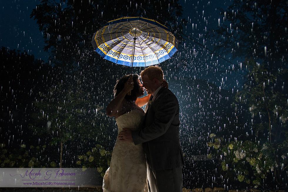 Nashville rain wedding
