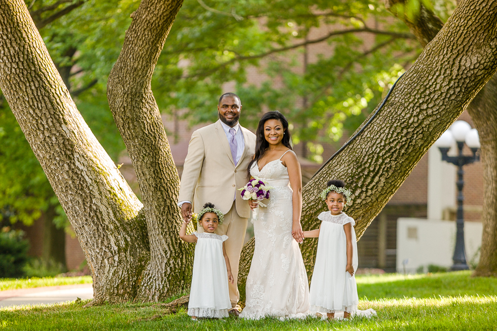 Family bridal photo Belmont Mansion.